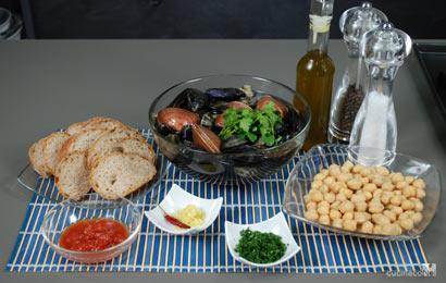 zuppa-di-cecei-ingr