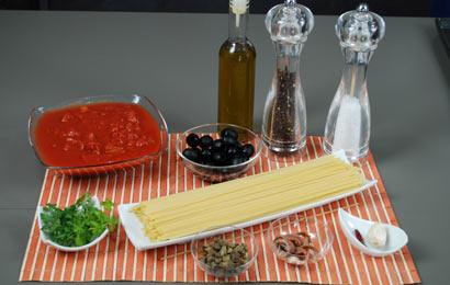 spaghetti-alla-puttanesca-ingr
